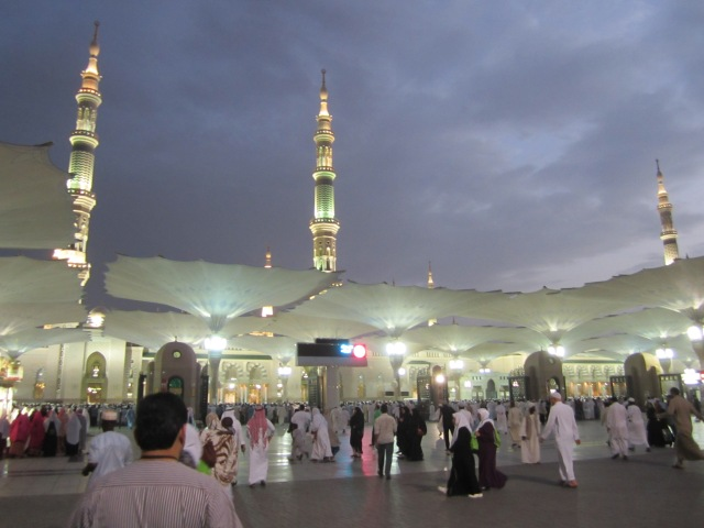 The courtyard of the Prophet's Mosque